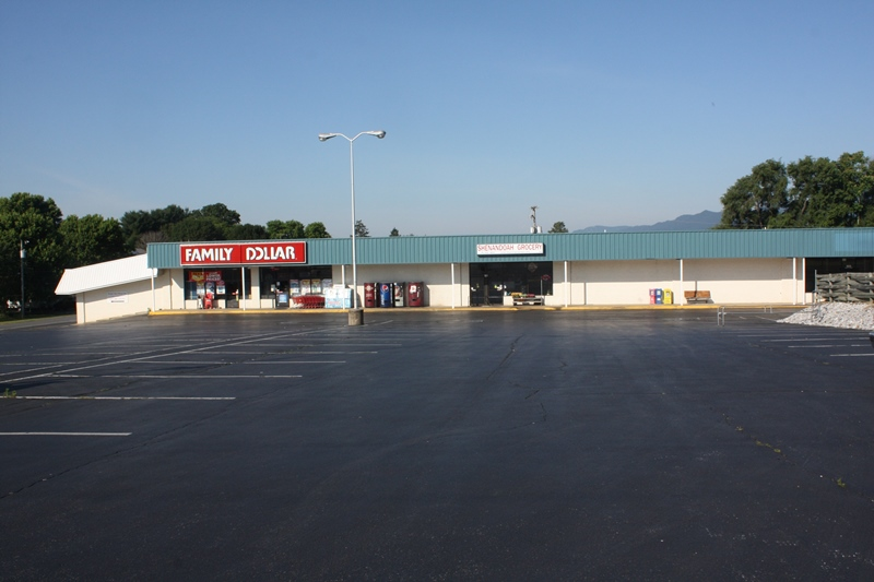 Shopping Center Property For Sale in Shenandoah
